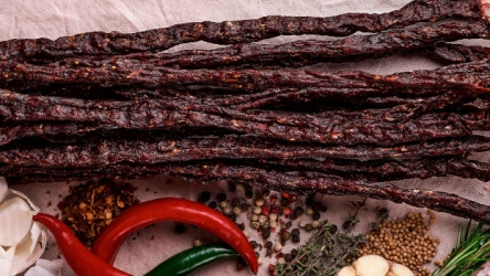 How to Make Beef Jerky In a Dehydrator